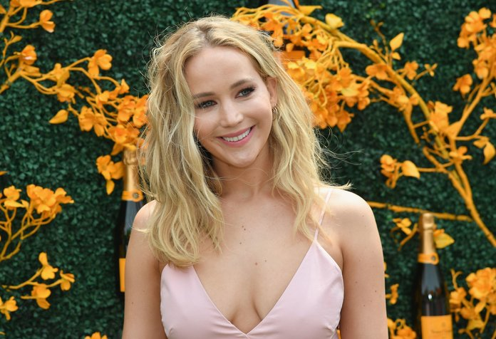 Jennifer Lawrence just got married!