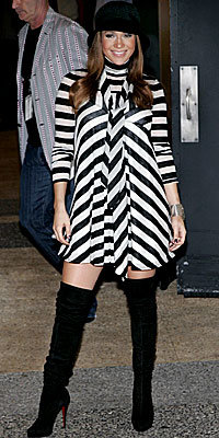 Jennifer Lopez - 8 Star Maternity Style Secrets - Look Your Best