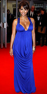 Halle Berry, Versace, pregnant, maternity style, celebrity style, pregnant celebrities
