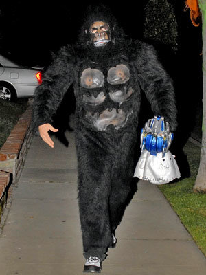 Jake Gyllenhaal as a gorilla - Our Favorite Stars in Halloween Costumes