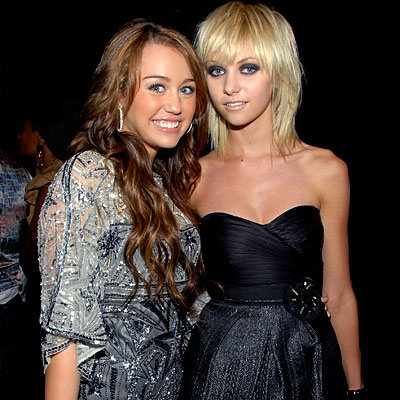 Miley Cyrus and Taylor Momsen