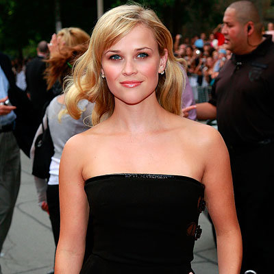 Reese Witherspoon's Natural Waves