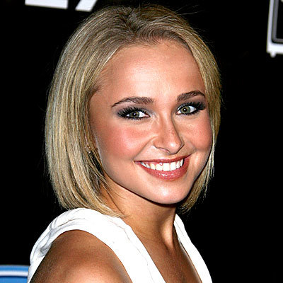 Hayden Panettiere - Lightly layered bob