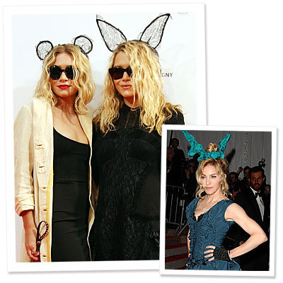 Ashley Olsen - Mary-Kate Olsen - Madonna - rabbit ears