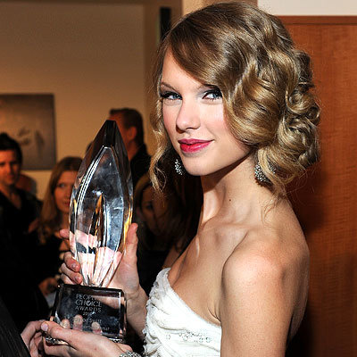 Taylor Swift - 2010 People's Choice Awards