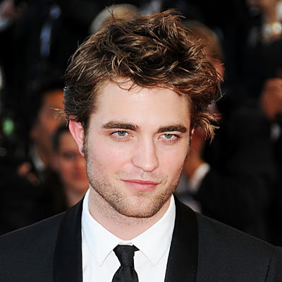 Robert Pattinson Named Best-Dressed Man