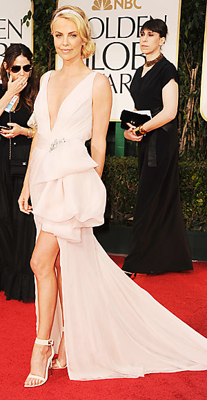 Charlize Theron - Golden Globes - Dior