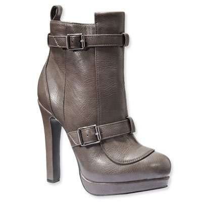 Simply Vera by Vera Wang Ankle Boots