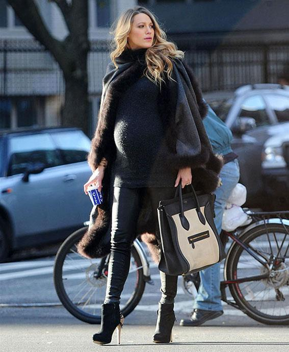 blake lively baby bump