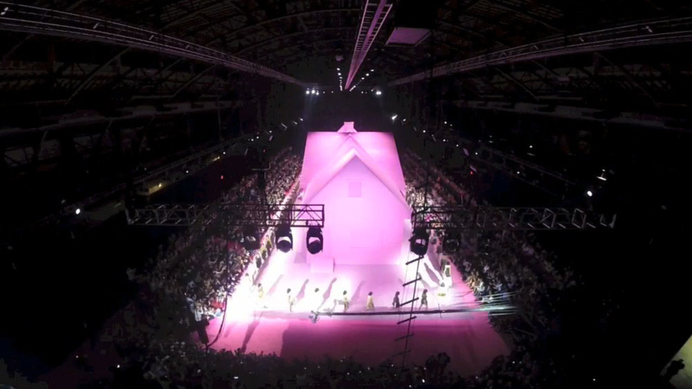 marc-jacobs-pink-house