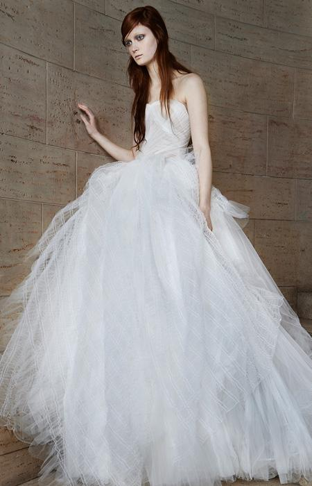 Vera Wang Spring 2015 Bridal Collection | InStyle.com