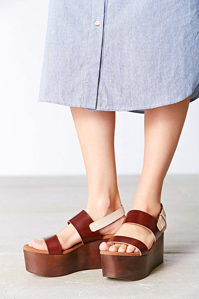 These 12 Flatforms Will Give You Just the Comfy Lift You Need