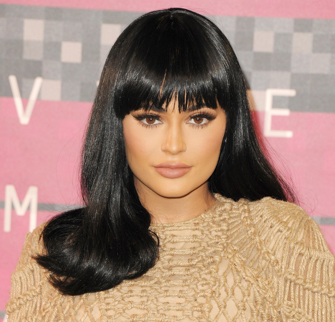 "Kylie Jenner Dyes Her Brows to Match Her ""Ashy Dirty Blonde"" Hair"