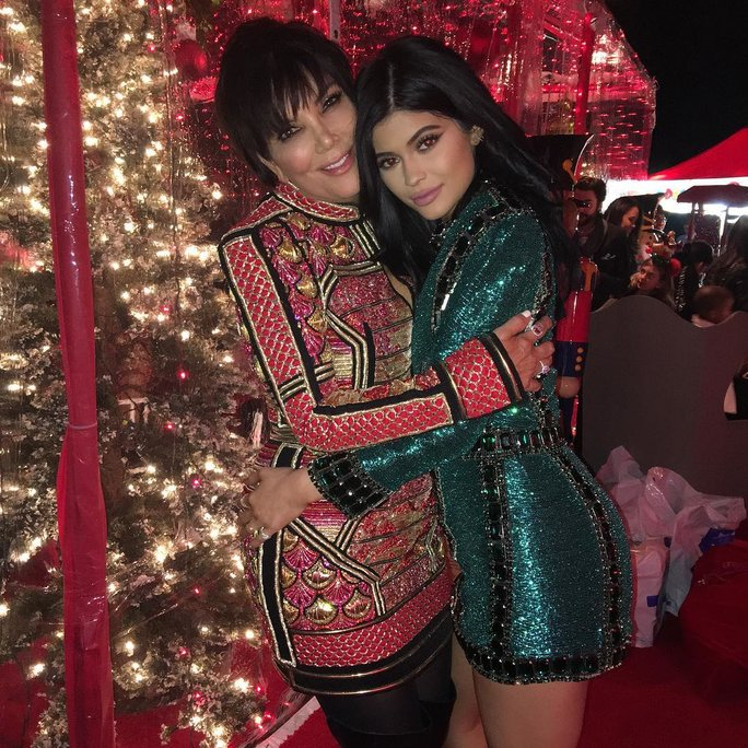 Kylie Jenner's Christmas Tree Is So Big That It Arrived on a Flatbed