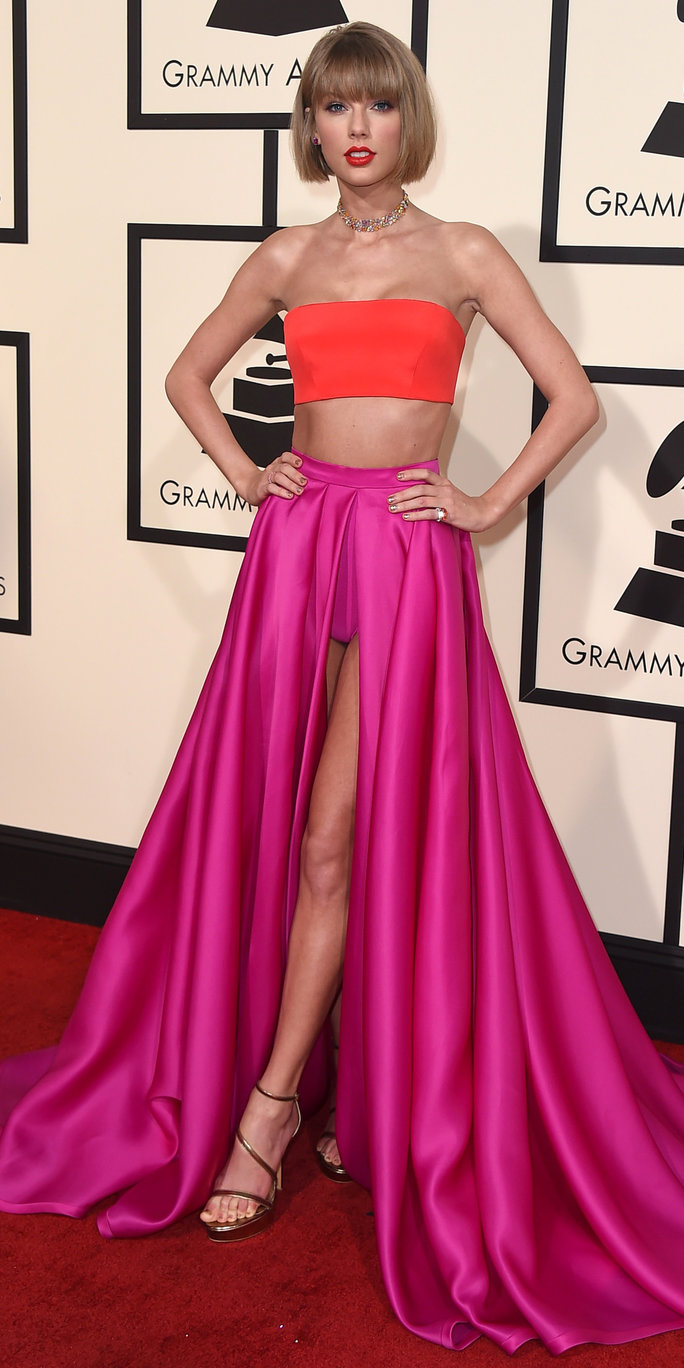 taylor swifts red carpet style instylecom