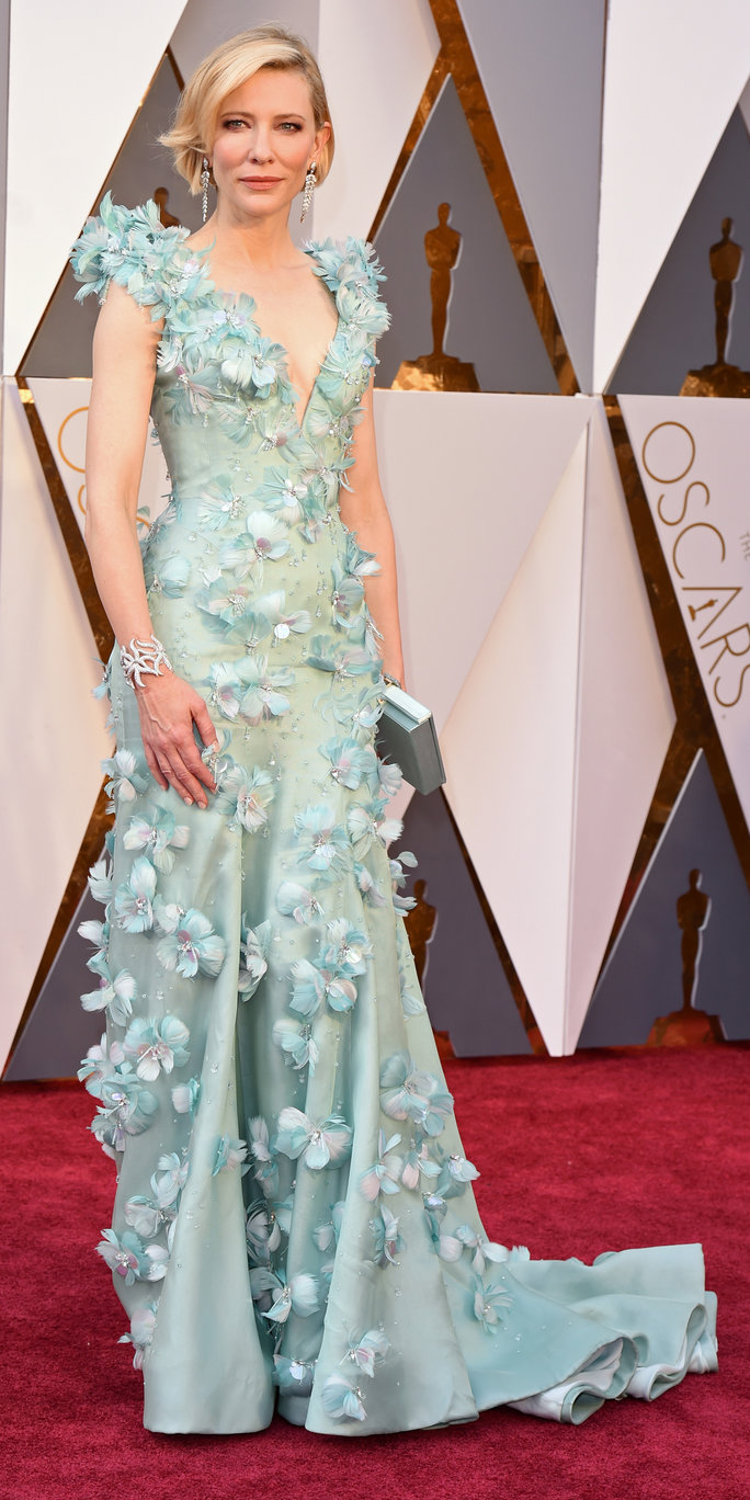 The 11 Best Looks On The Oscars Red Carpet recommend