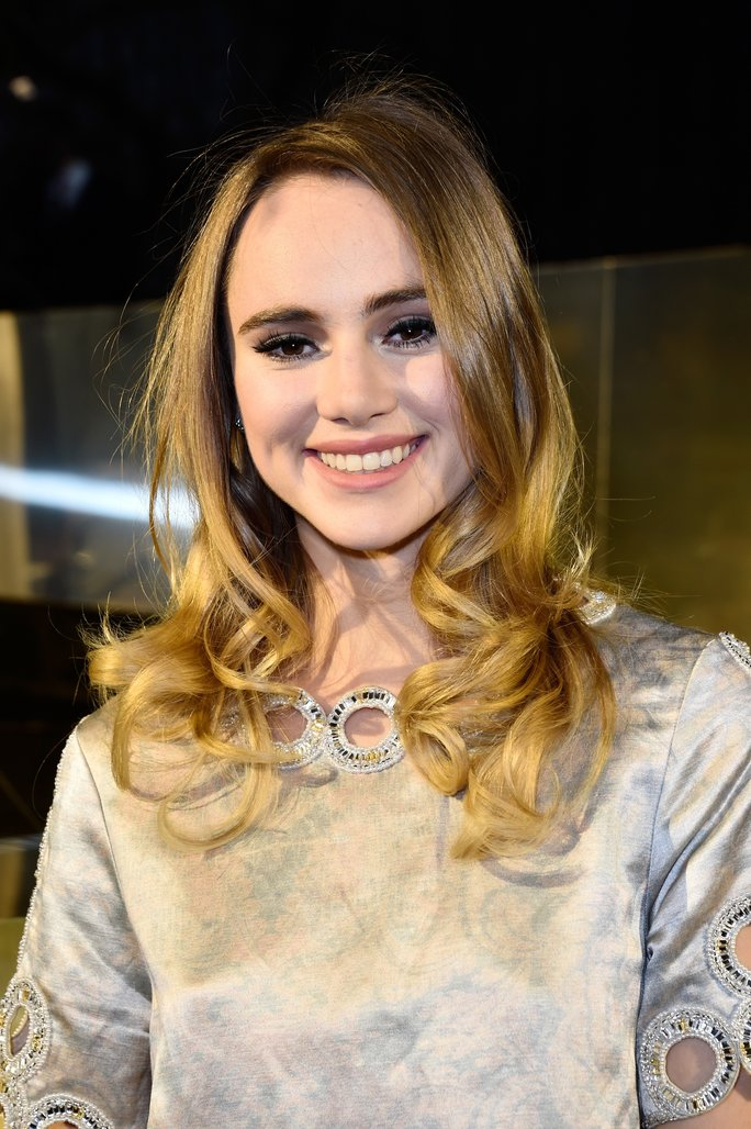 Suki Waterhouse Is No Longer a Blonde