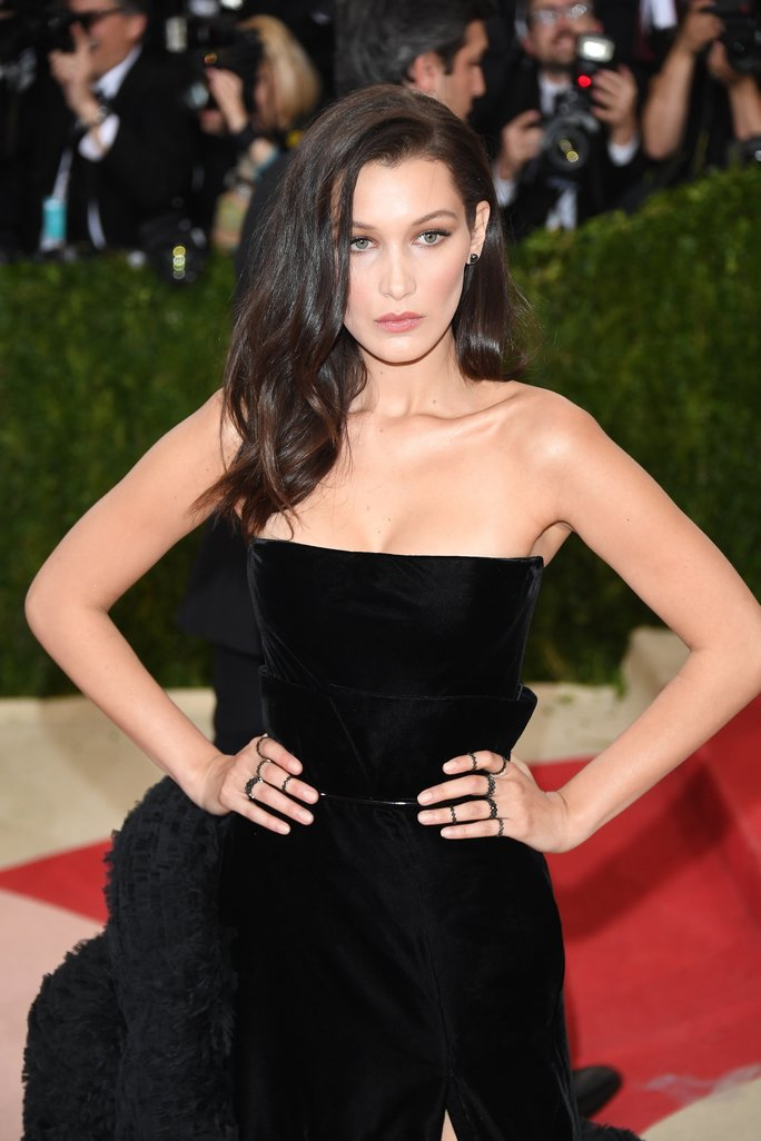 Bella Hadid Walked the Red CarpetSporting the Ponytail of Your Dreams