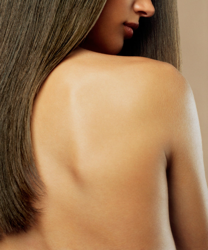 How to Deal With Chest and Back Acne this Summer