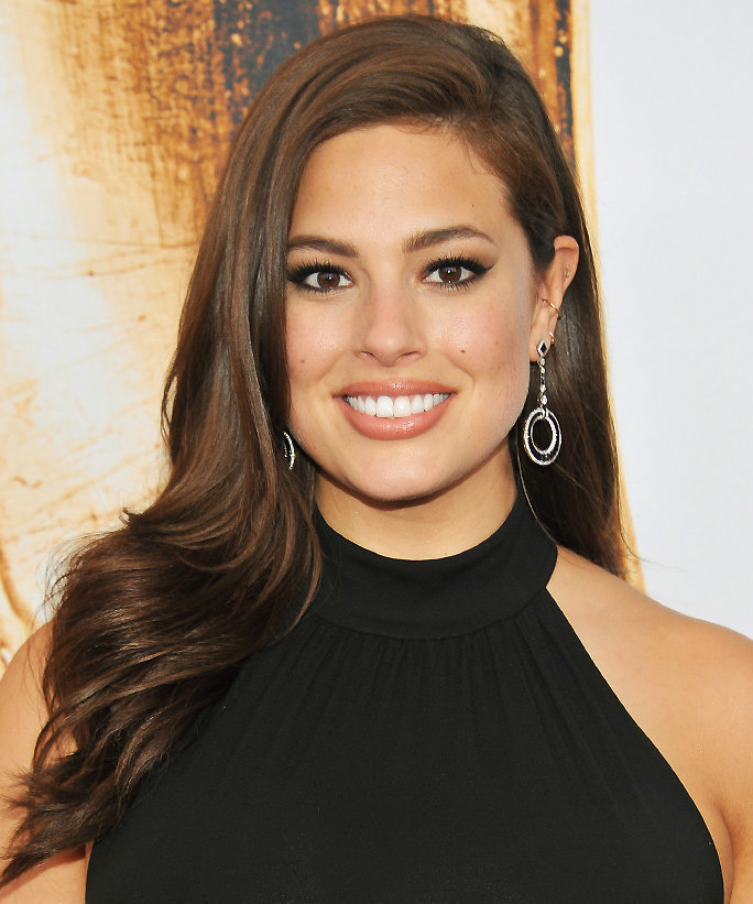 NEW YORK, NY - JUNE 06:  Ashley Graham attends the 2016 CFDA Fashion Awards at the Hammerstein Ballroom on June 6, 2016 in New York City.  (Photo by D Dipasupil/FilmMagic)