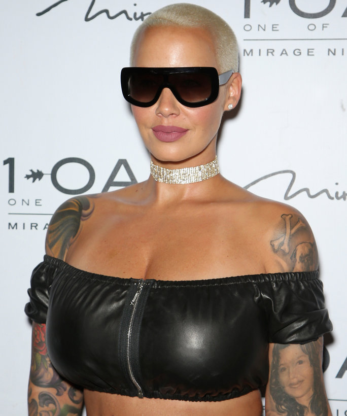 You Need to See Amber Rose's Wavy Blonde Bob