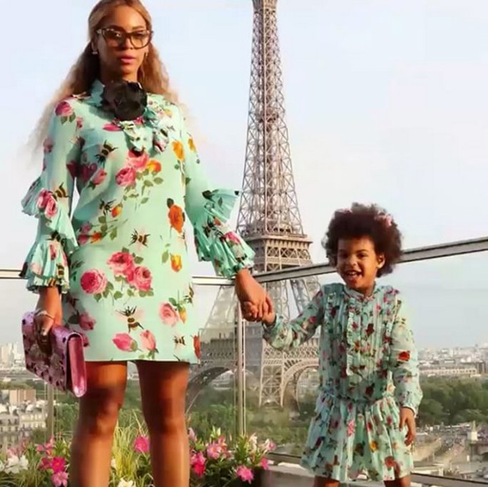 <p>She'll Never Make Fun of Her Siblings for Wearing Matching Outfits</p>