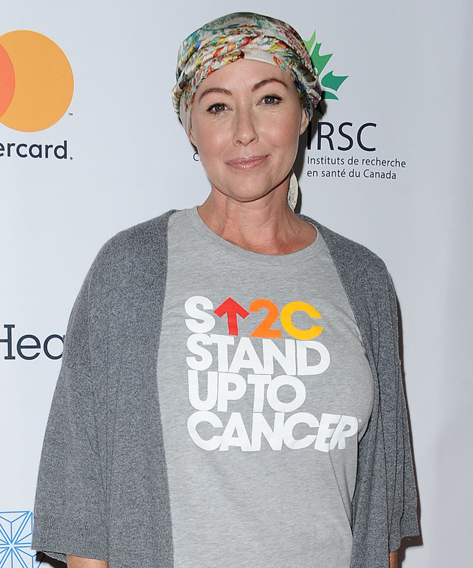 Shannen Doherty Shares a Photo of Herself Undergoing Cancer Treatment in a Hyperbaric Chamber