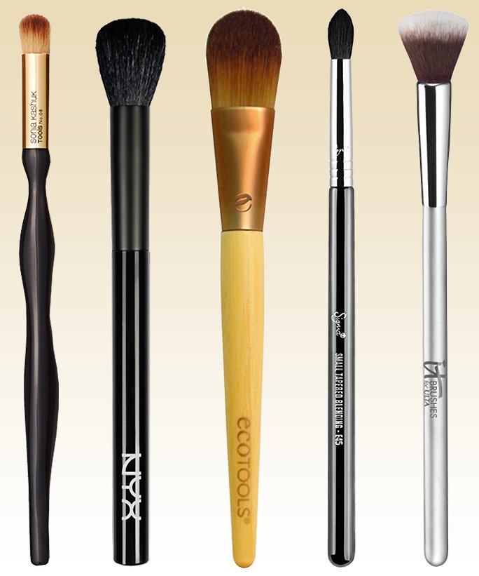 Makeup Brushes Lead