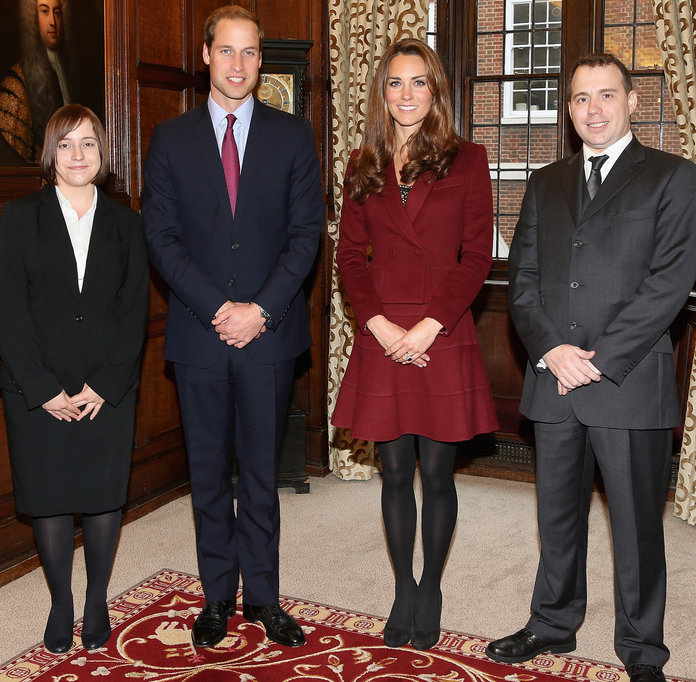 <p>Kate Middleton - Middle Temple London - October 8, 2012 - EMBED</p>