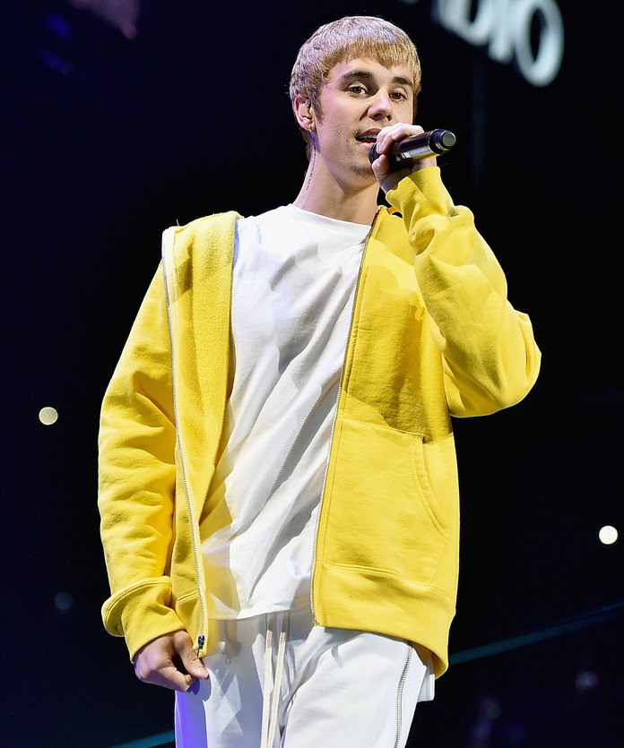 Justin Bieber's Purpose Tour Swag Is Legit Chic Streetwear