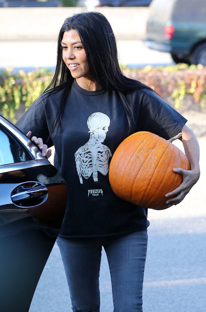 10 Fall Staples to Wear to a Pumpkin Patch