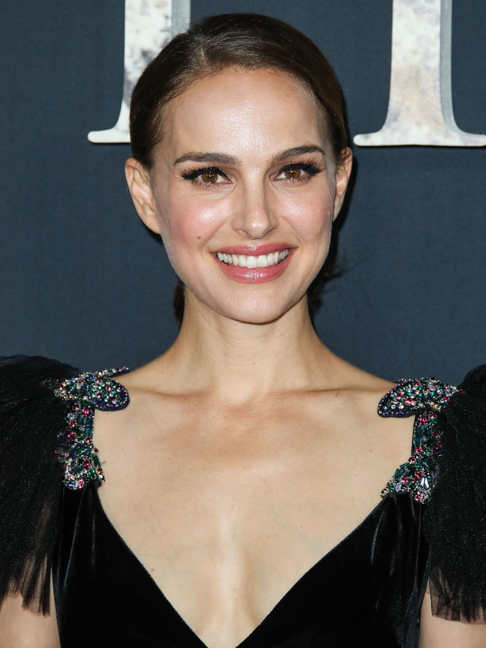 Natalie Portman Reflects on the Time's Up Movement  InStyle.co.uk