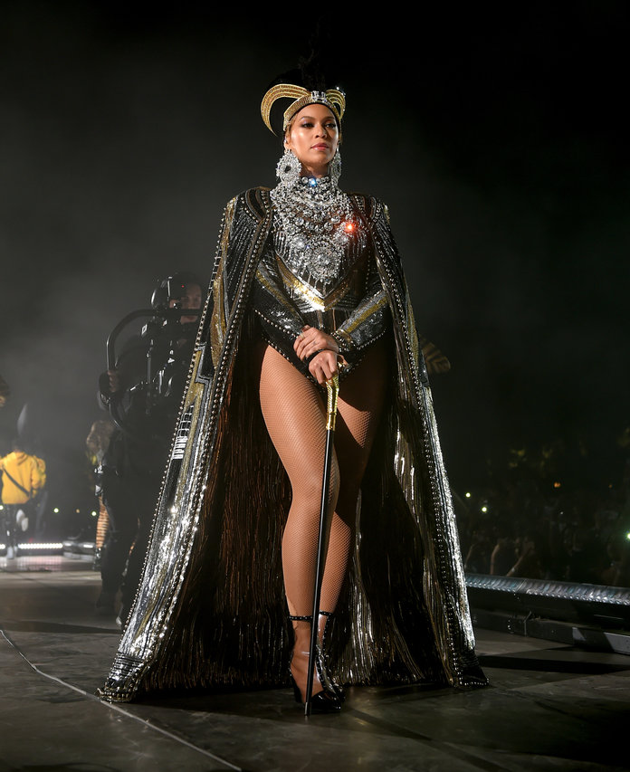 <p>Beyonce Outfits Lead</p>