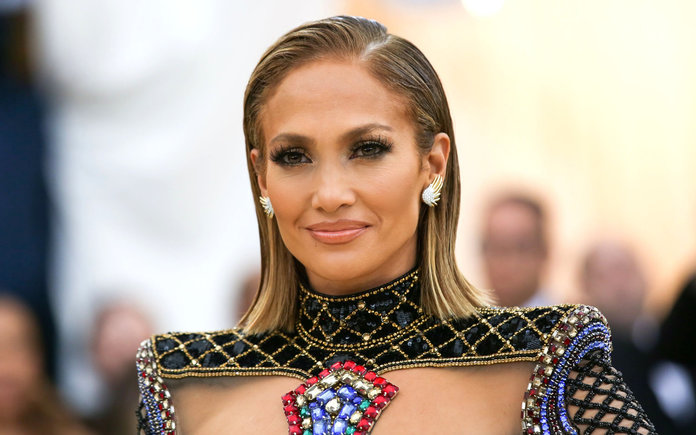 Clone of Jennifer Lopez Readers Choice Lead