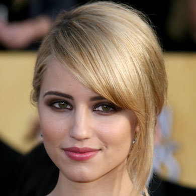 Get Dianna Agron's strong eye look!