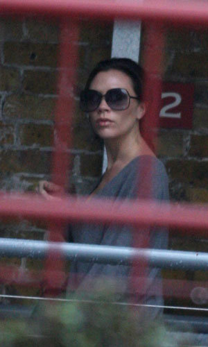 Pregnant Victoria Beckham celebrates online success of handbag range!