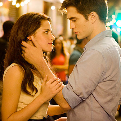 JUST IN: New pics of R-Patz, Kristen Stewart and Taylor Lautner in Twilight: Breaking Dawn!
