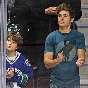 Zac Efron spotted at NHL hockey game