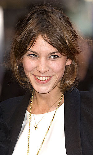 Alexa Chung gets a show on MTV