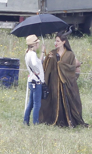 SEE PICS: Angelina Jolie on the set of Maleficent!