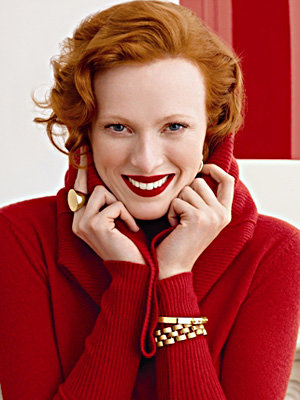SEE PICS: Karen Elson models for Banana Republic
