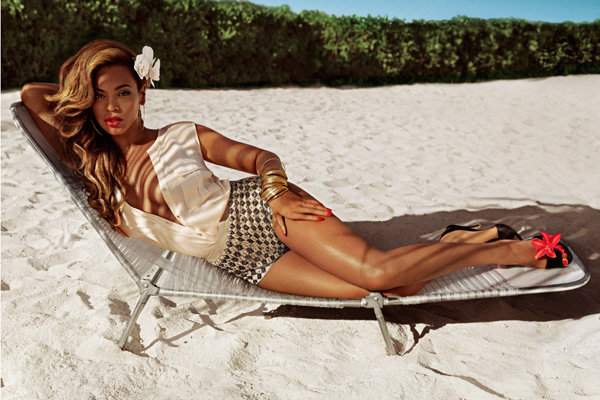 Beyonce stars in H&M's tropical Summer campaign