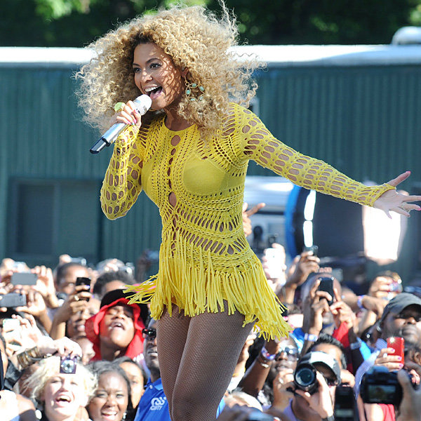 Beyonce to be dressed by Julien Macdonald on world tour?