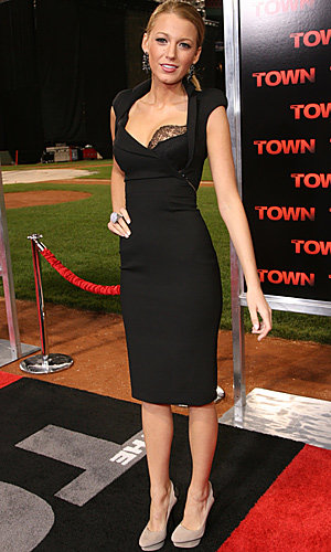 FromGossip Girl to Silver Screen – Blake Lively shines at the premier of The Town!