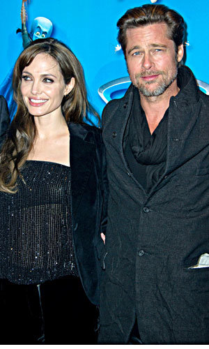 SEE PICS! Angelina and Brad loved up in Paris