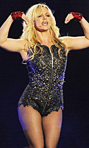 SEE PICS! Britney Spears wows on US TV