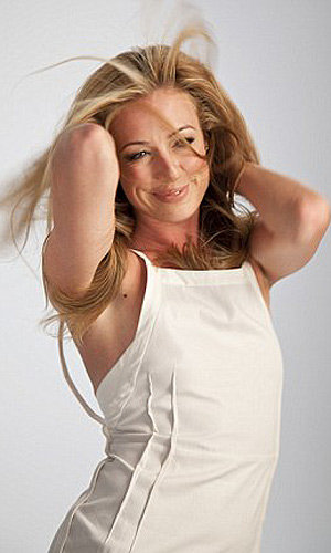 SEE PICS: Cat Deeley the new face of Pantene Pro-V!
