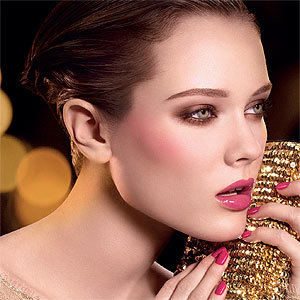 Chanel tempt us with their stunning new Christmas collection make-up!