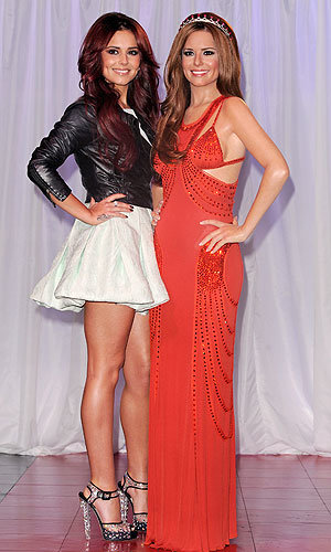 Cheryl Cole unveils her wax double at Madame Tussauds!
