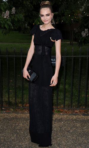 Stars party at the annual Serpentine Gallery party!